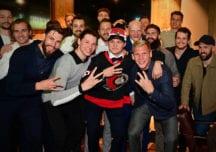Tim Stützle feiert erfolgreiches NHL-Debüt