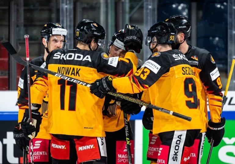 Knapper Sieg gegen Lettland: DEB-Team löst Viertelfinalticket als Gruppendritter